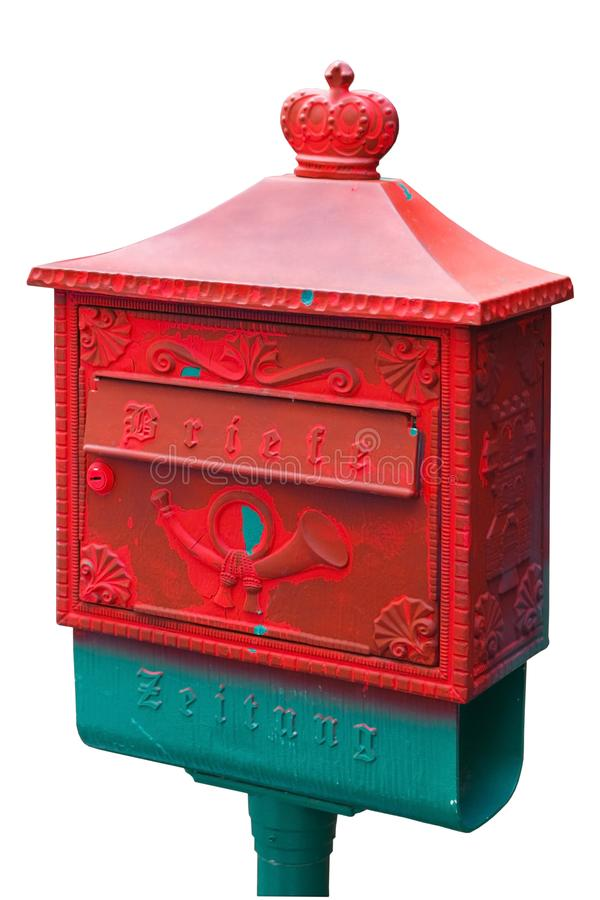 Εκλεκτής ποιότητας, γερμανικό κόκκινο ταχυδρομικών κουτιών Απομονωμένος στο λευκό στοκ εικόνα με δικαίωμα ελεύθερης χρήσης