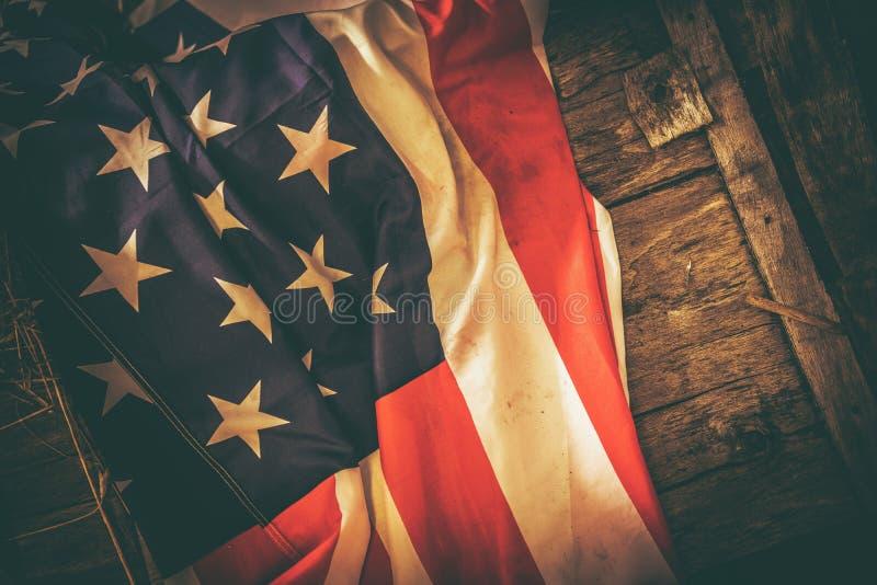 Εκλεκτής ποιότητας θέμα αμερικανικών σημαιών στοκ εικόνα