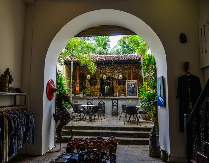 Εκλεκτής ποιότητας καφετερία στον αρχαίο δήμο στοκ φωτογραφίες με δικαίωμα ελεύθερης χρήσης