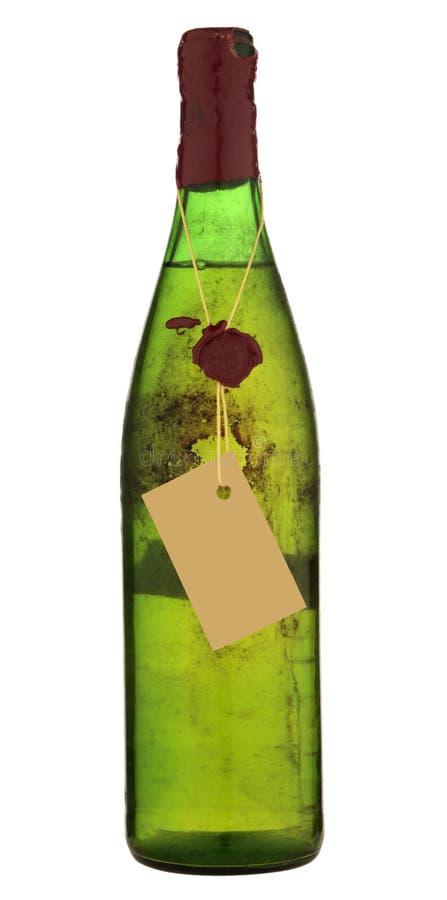Εκλεκτής ποιότητας μπουκάλι κρασιού που απομονώνεται στο λευκό στοκ φωτογραφία