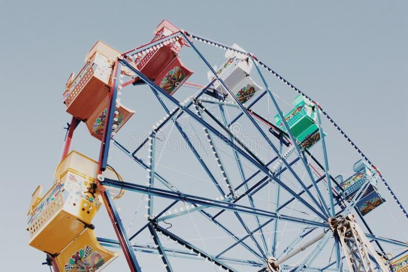 Εκλεκτής ποιότητας ρόδα Ferris στοκ φωτογραφίες