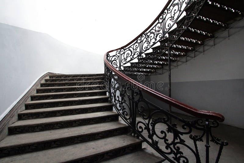 Εκλεκτής ποιότητας σκάλα επεξεργασμένου σιδήρου στοκ εικόνα με δικαίωμα ελεύθερης χρήσης