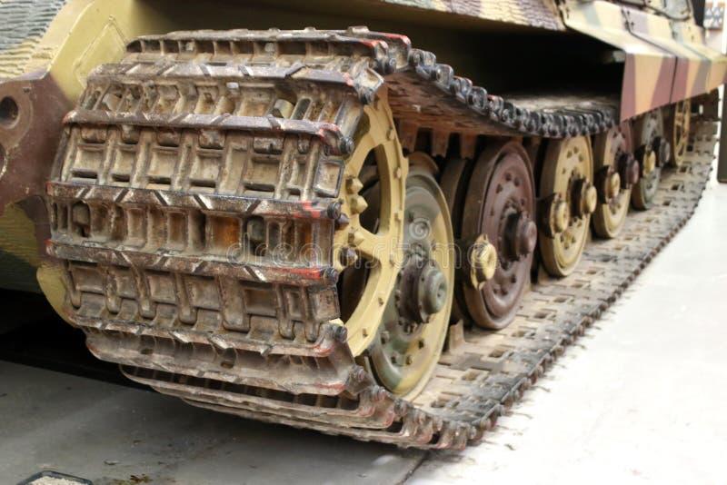 Εκλεκτής ποιότητας στρατιωτικές διαδρομές δεξαμενών στοκ φωτογραφίες με δικαίωμα ελεύθερης χρήσης