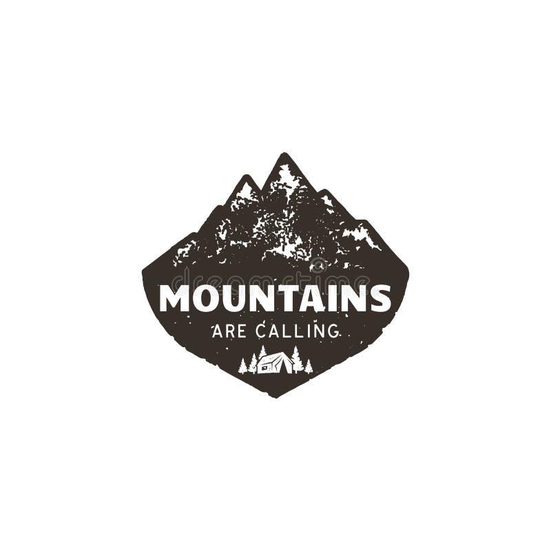 Εκλεκτής ποιότητας συρμένο χέρι λογότυπο βουνών Το μεγάλο υπαίθριο μπάλωμα Τα βουνά καλούν το απόσπασμα σημαδιών Μονοχρωματικός κ απεικόνιση αποθεμάτων