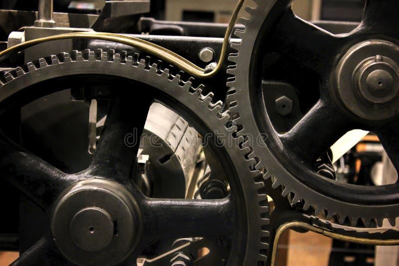 Εκλεκτής ποιότητας σύνολο συλλογής ροδών εργαλείων βαραίνω Μακρο άποψη μερών μηχανισμών Διαφορετικά cogwheels αντικείμενα μορφών  στοκ εικόνες
