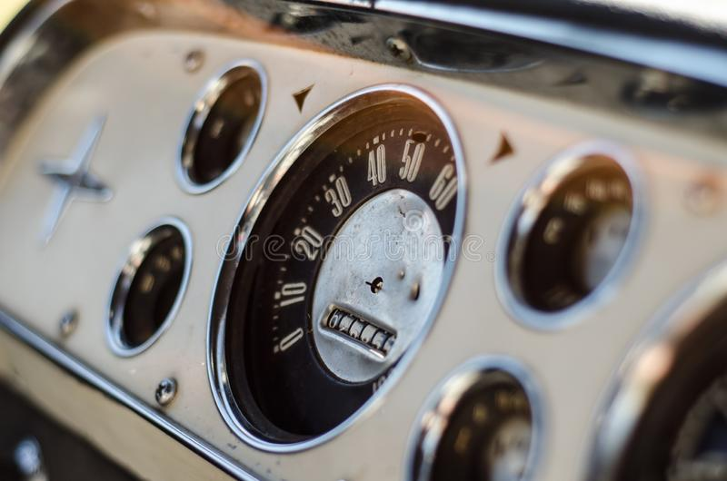 Εκλεκτής ποιότητας ταμπλό οχημάτων στοκ εικόνες