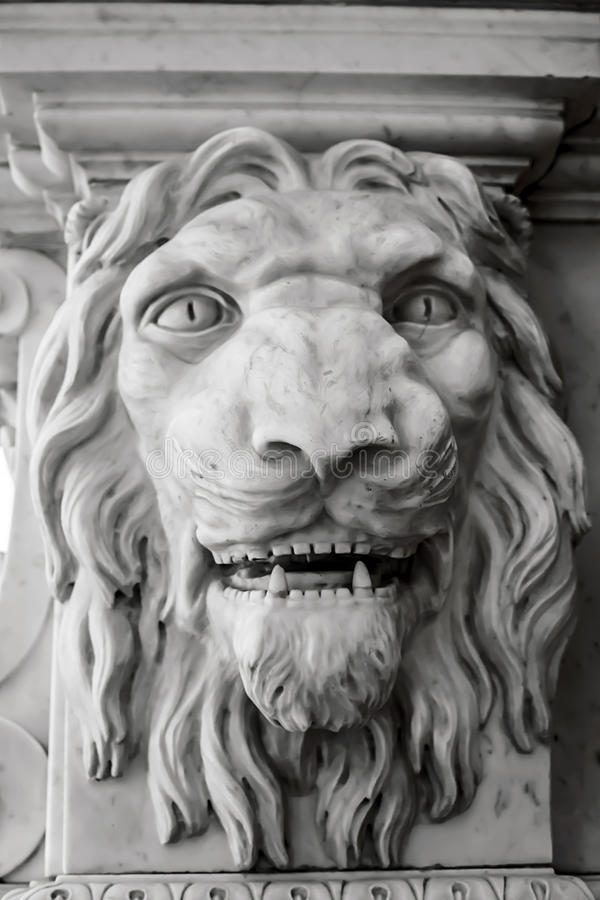 Εκλεκτής ποιότητας άγαλμα παλατιών, το πρόσωπο του λιονταριού στοκ φωτογραφίες με δικαίωμα ελεύθερης χρήσης