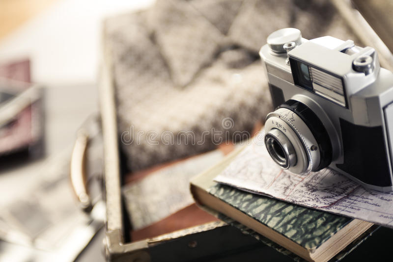 Εκλεκτής ποιότητας εξοπλισμός ταξιδιού στοκ εικόνες