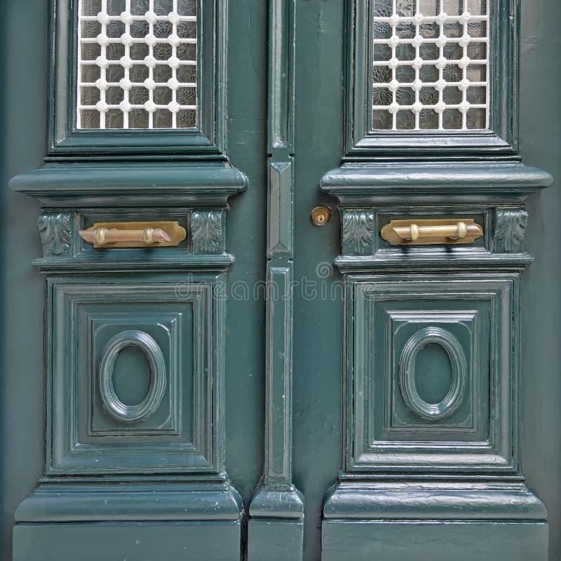 Εκλεκτής ποιότητας λεπτομέρεια πορτών σπιτιών στοκ φωτογραφίες