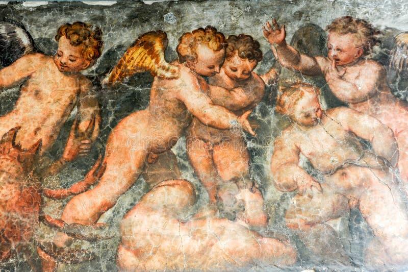 Εκλεκτής ποιότητας ζωγραφική αγγέλων ενός σπιτιού στη Βερόνα στοκ εικόνες με δικαίωμα ελεύθερης χρήσης