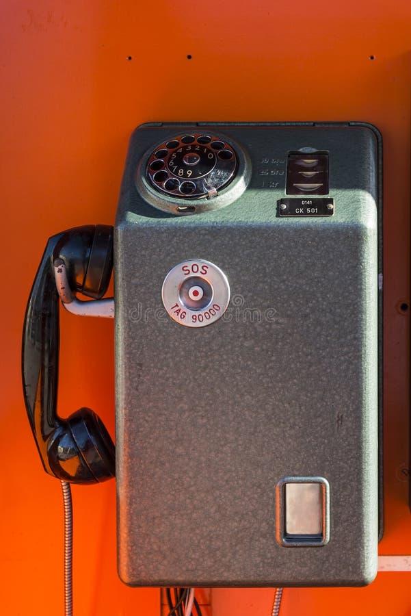 Εκλεκτής ποιότητας πληρώστε το τηλέφωνο στοκ εικόνα