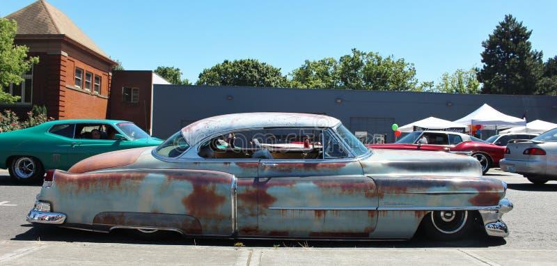 Εκλεκτής ποιότητας σκουριασμένο αυτοκίνητο στοκ εικόνα με δικαίωμα ελεύθερης χρήσης