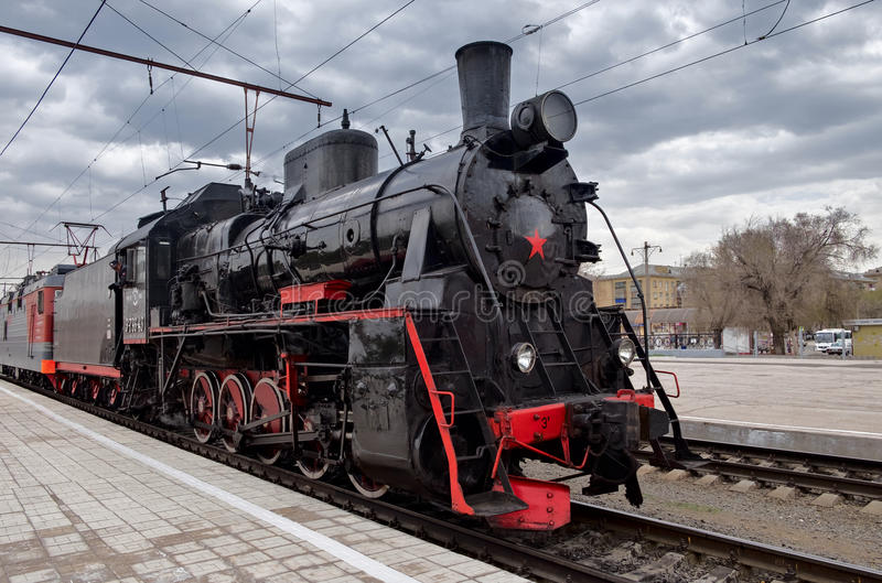 Εκλεκτής ποιότητας τραίνο ατμού στην παρέλαση προς τιμή την ημέρα νίκης στοκ φωτογραφία