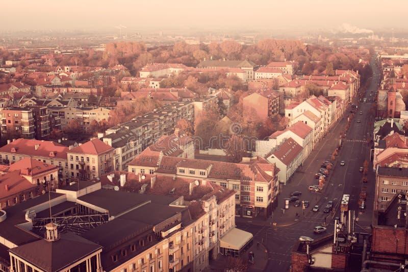 Εκλεκτής ποιότητας χρώματα φθινοπώρου μέσα κεντρικός Klaipeda, Λιθουανία στοκ εικόνα με δικαίωμα ελεύθερης χρήσης