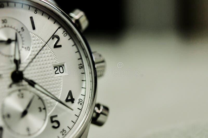 Εκλεκτής ποιότητας ύφος του ρολογιού ατόμων πολυτέλειας, έννοια του αριθμού στο ρολόι στοκ φωτογραφία με δικαίωμα ελεύθερης χρήσης
