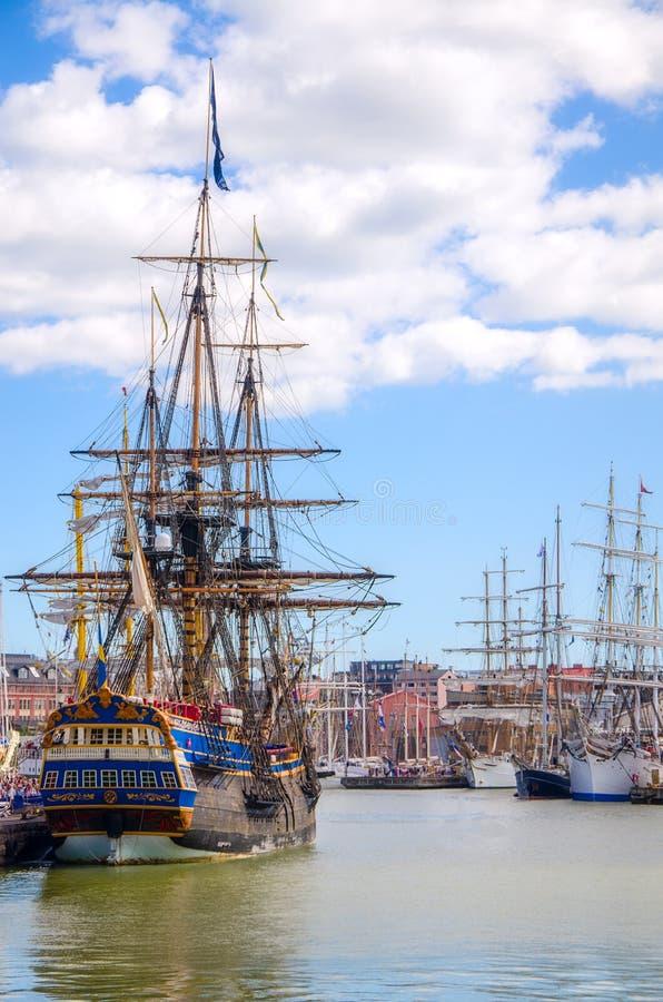 Εκλεκτής ποιότητας sailboat regatta στο Ελσίνκι. στοκ φωτογραφίες με δικαίωμα ελεύθερης χρήσης