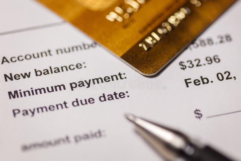 Ελάχιστη πληρωμή πιστωτικών καρτών στοκ φωτογραφίες