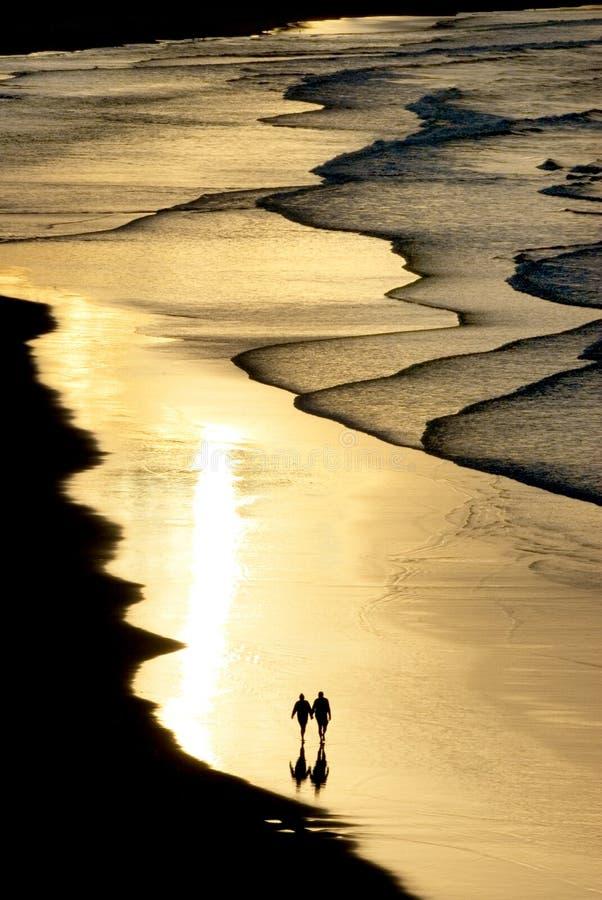 ελαφρύ περπάτημα ηλιοβασ& στοκ φωτογραφία με δικαίωμα ελεύθερης χρήσης
