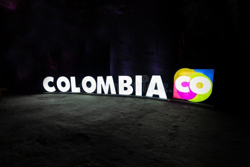Ελαφρύ σημάδι της Κολομβίας σε μια σπηλιά jpg στοκ εικόνες με δικαίωμα ελεύθερης χρήσης