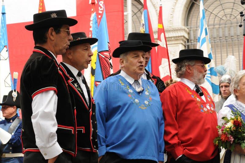 Ελβετική αρσενικών ομάδα λαογραφίας χορωδιών ANS ελβετική στη εθνική μέρα στην πλούσιος-πόλη ZÃ ¼ στοκ φωτογραφίες με δικαίωμα ελεύθερης χρήσης