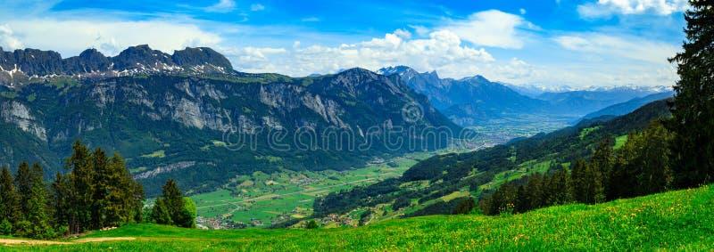 Ελβετικό πανόραμα που αγνοεί τα μελ/Sargans, κ.λπ. στοκ φωτογραφίες με δικαίωμα ελεύθερης χρήσης