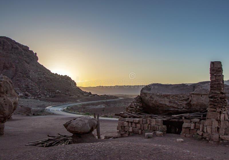 Ελικοειδής υψηλή εθνική οδός ερήμων στη βόρεια Αριζόνα στοκ εικόνες