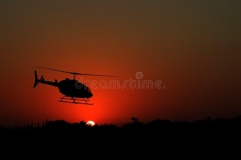 Ελικόπτερο στην ανατολή στοκ φωτογραφίες