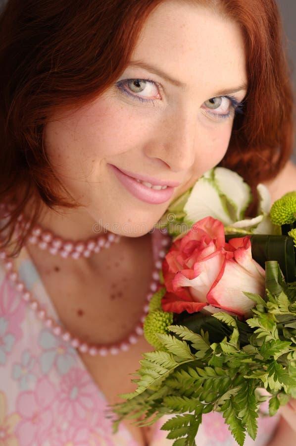 ελκυστικές redhead νεολαίε&sigmaf στοκ φωτογραφίες με δικαίωμα ελεύθερης χρήσης