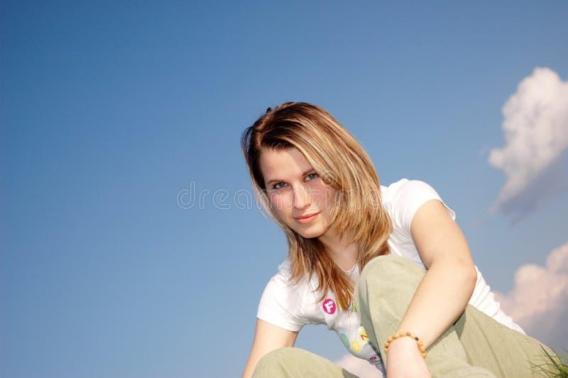 ελκυστική γυναίκα στοκ φωτογραφία με δικαίωμα ελεύθερης χρήσης