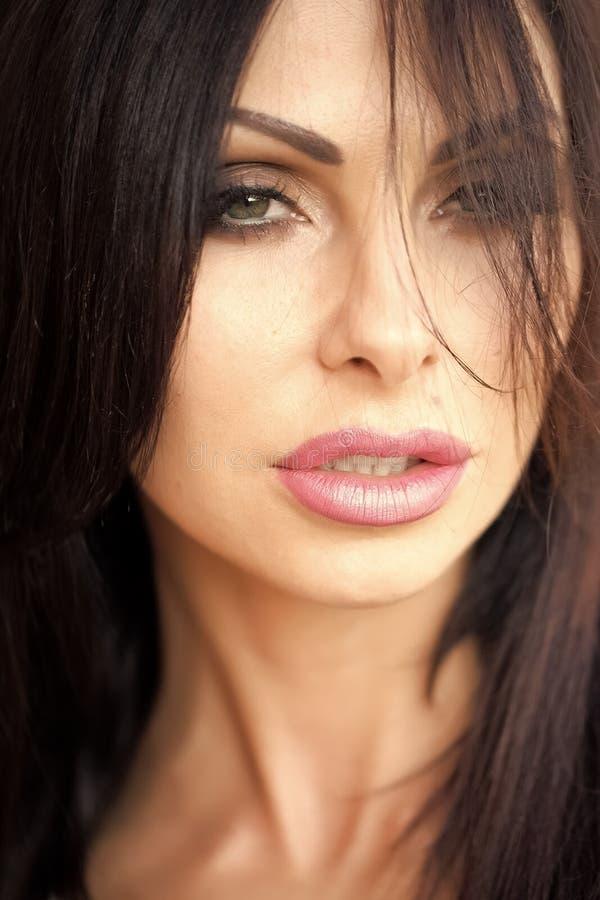 Ελκυστική γυναικεία κινηματογράφηση σε πρώτο πλάνο στοκ φωτογραφίες με δικαίωμα ελεύθερης χρήσης