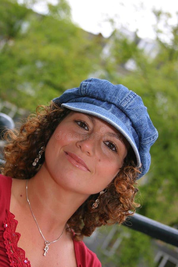 ελκυστική τυνησιακή γυ&n στοκ εικόνες
