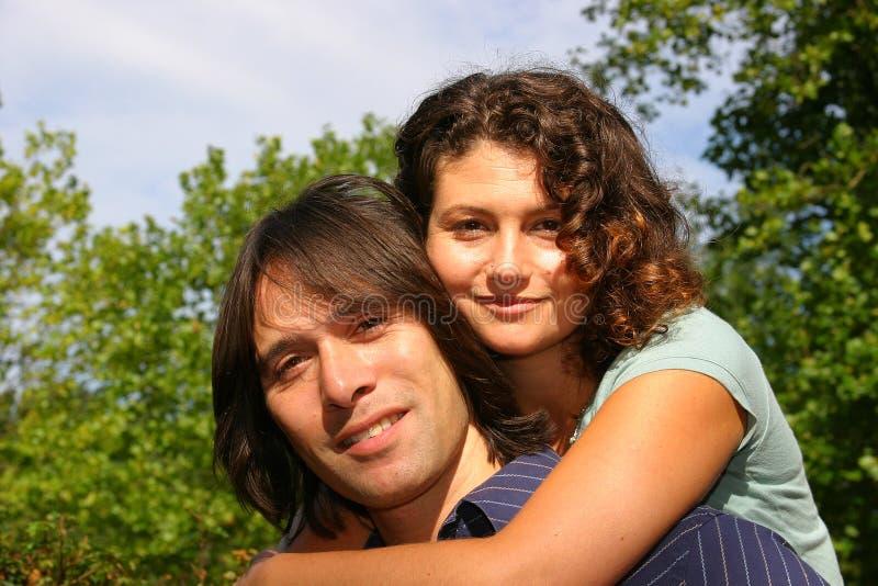 ελκυστικό ζεύγος στοκ φωτογραφίες με δικαίωμα ελεύθερης χρήσης