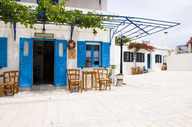 ελληνικά paros lefkes της Ελλάδας καφέδων cyclads στοκ εικόνες