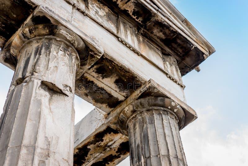 Ελληνικές στήλες στοκ εικόνα με δικαίωμα ελεύθερης χρήσης