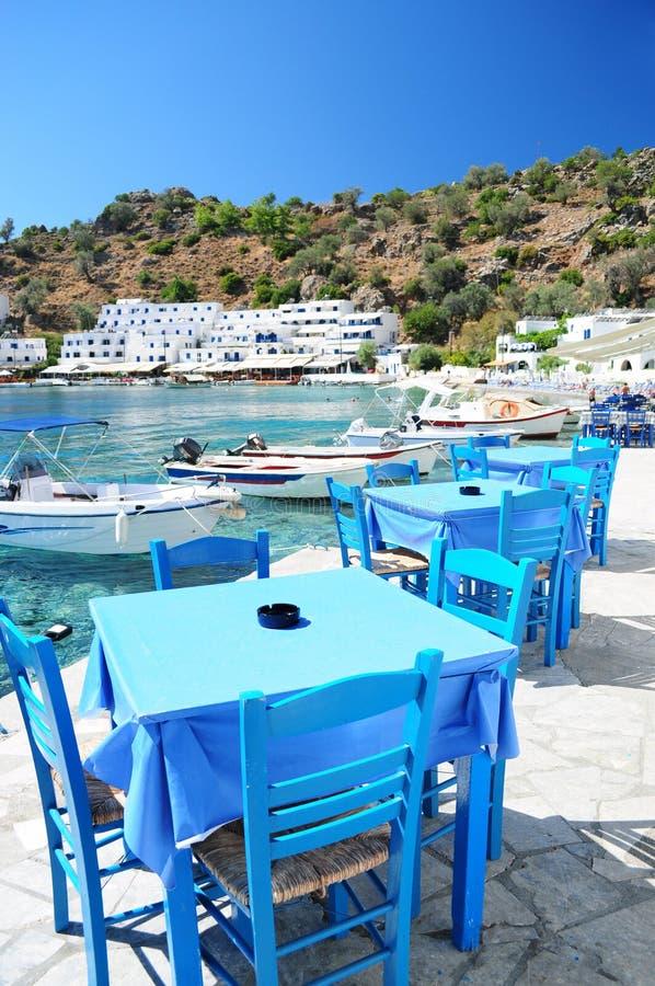 Ελληνική ταβέρνα σε Loutro, Κρήτη στοκ εικόνες με δικαίωμα ελεύθερης χρήσης