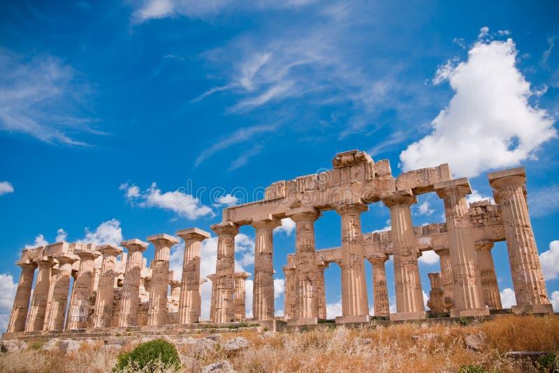 Download ελληνικός ναός selinunte στοκ εικόνα. εικόνα από ιστορικός - 17057101