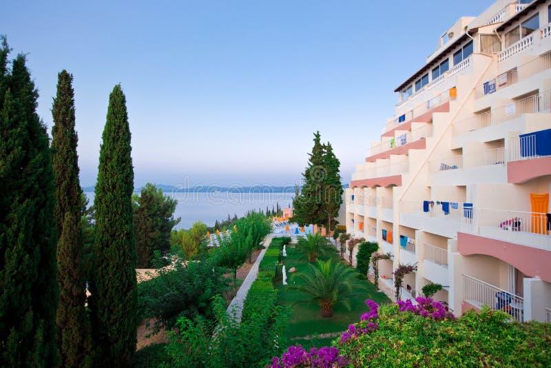 Download ελληνικό πρωί ξενοδοχεί&omega Στοκ Εικόνες - εικόνα από σπίτι, έδρα: 13179456