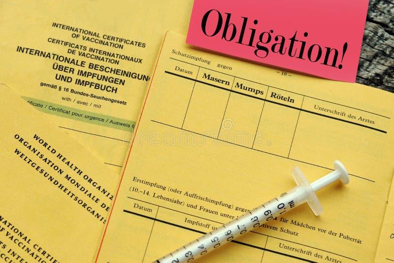Εμβολιασμός ενάντια στην ιλαρά εθελοντική ή υποχρεωτική στοκ εικόνα με δικαίωμα ελεύθερης χρήσης