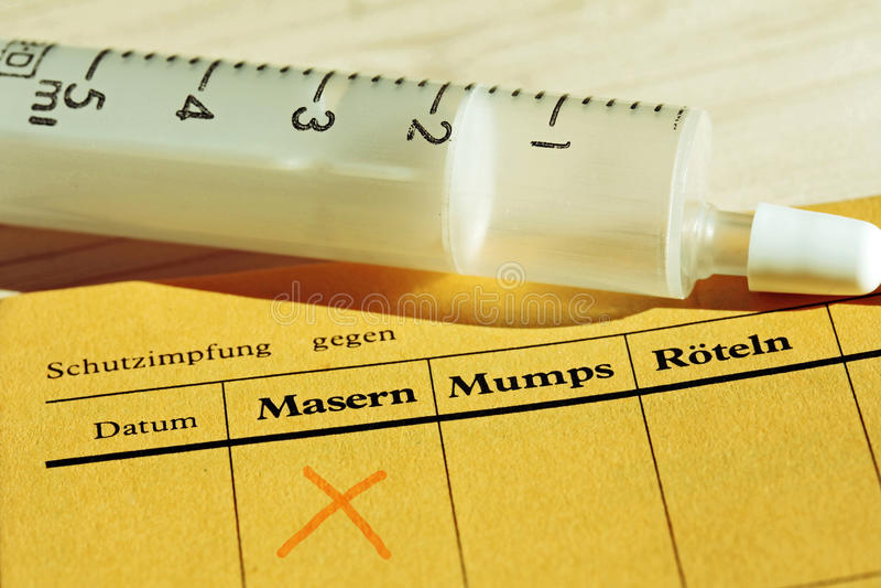Εμβολιασμός ενάντια στην ιλαρά στοκ εικόνες