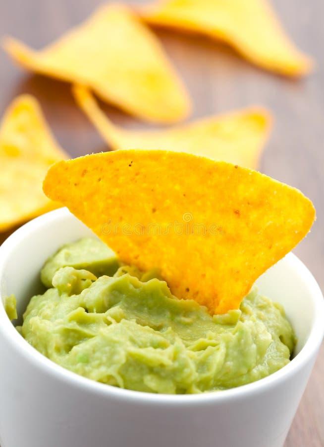 εμβύθιση guacamole στοκ εικόνες