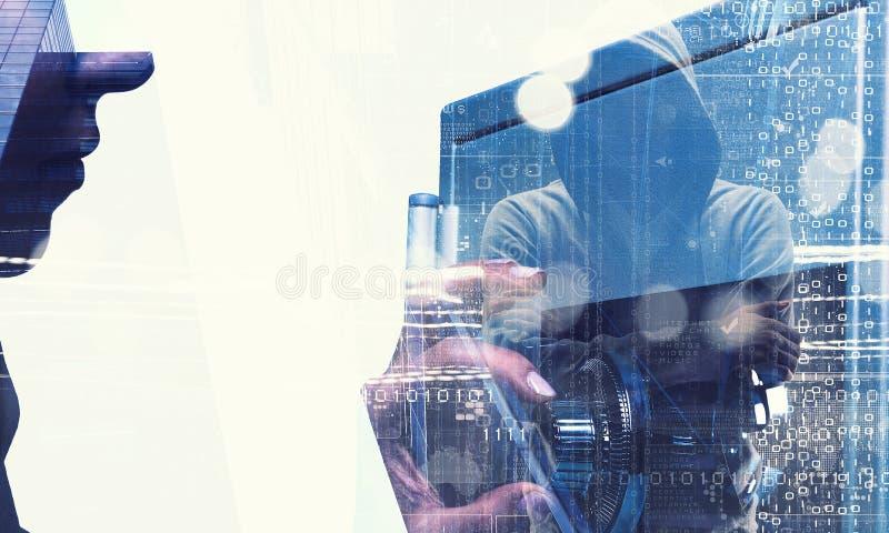 Εμπιστευθείτε την αποταμίευσή σας Μικτά μέσα στοκ εικόνες με δικαίωμα ελεύθερης χρήσης
