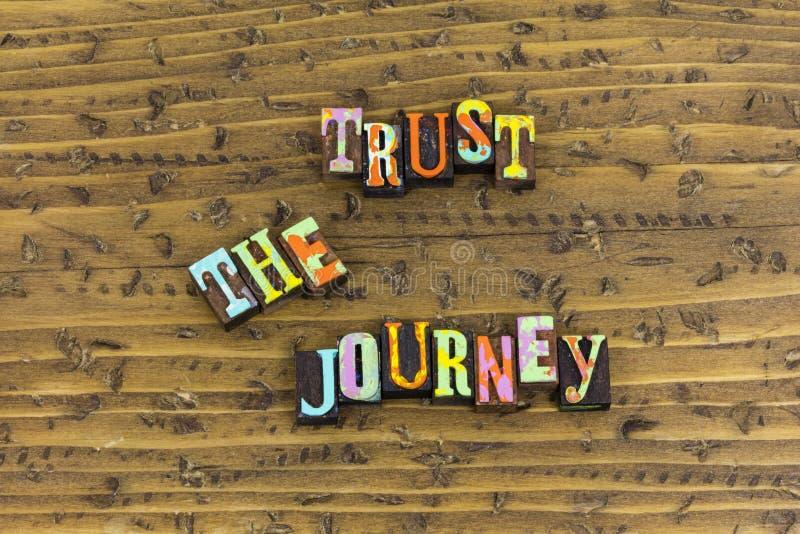 Εμπιστευθείτε τον ασθενή παραμονής ταξιδιών σας στοκ εικόνα