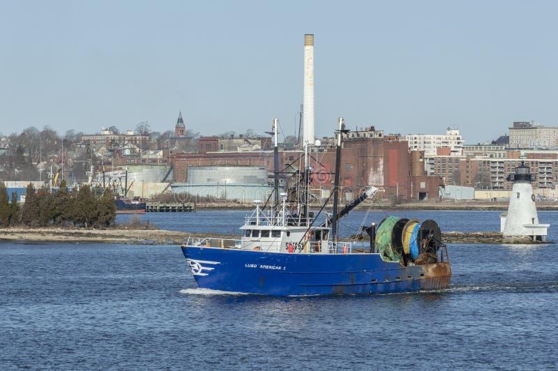 Εμπορικός αμερικανικός Ι αλιευτικών σκαφών τίτλος Luso έξω στο ταξίδι αλιείας στοκ εικόνα με δικαίωμα ελεύθερης χρήσης