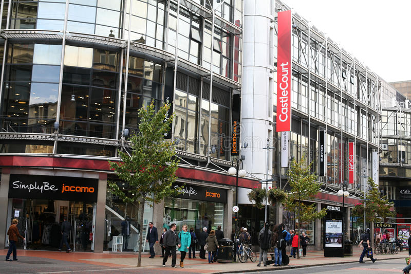 Εμπορικό κέντρο Castlecourt κέντρων της πόλης του Μπέλφαστ στοκ εικόνα με δικαίωμα ελεύθερης χρήσης