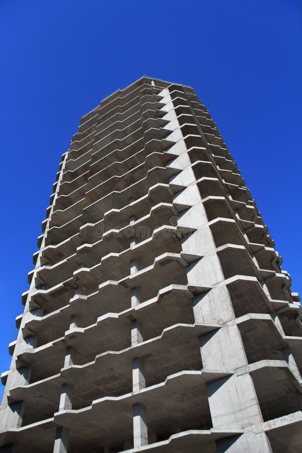 ενάντια στον ουρανοξύστη ουρανού στοκ φωτογραφίες με δικαίωμα ελεύθερης χρήσης