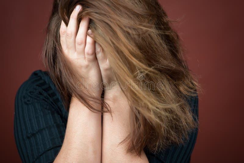 Ενήλικο να φωνάξει γυναικών στοκ φωτογραφία με δικαίωμα ελεύθερης χρήσης