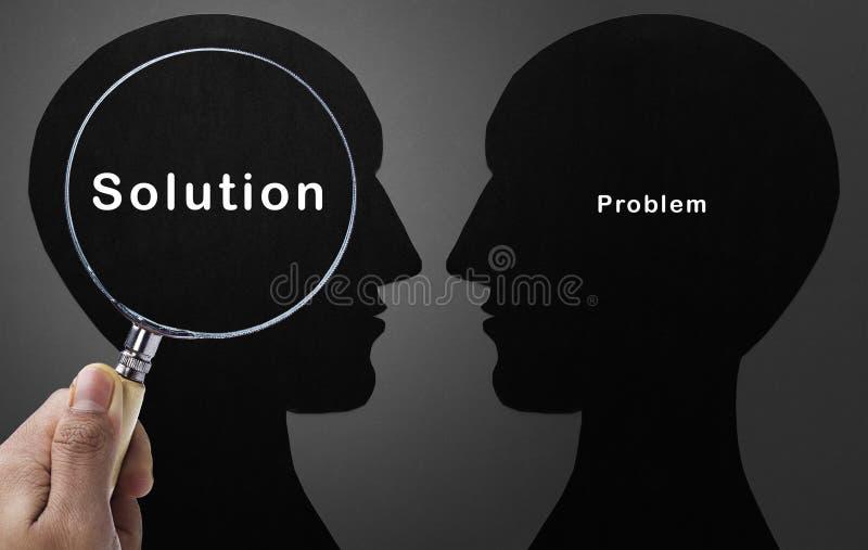 Ενίσχυση - εστίαση γυαλιού στη λύση στοκ εικόνες