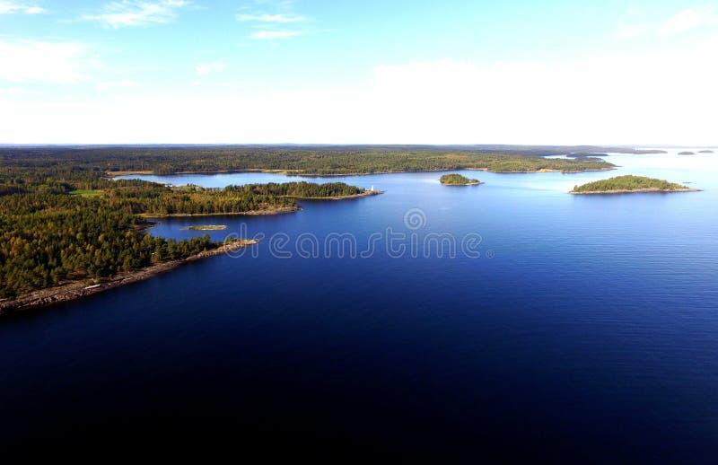 Εναέρια άποψη, λίμνη Vaner, Σουηδία, ακατοίκητα νησιά προορισμού ταξιδιού στοκ εικόνα