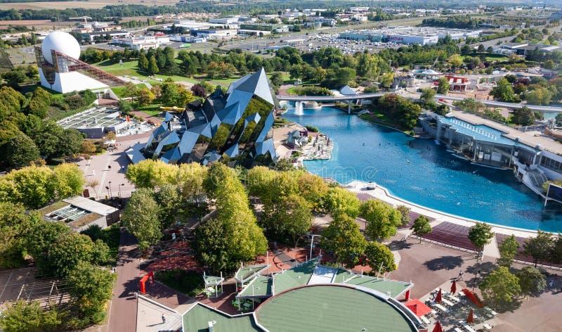 Εναέρια άποψη θεματικών πάρκων Futuroscope στο Poitiers, Γαλλία στοκ εικόνα με δικαίωμα ελεύθερης χρήσης