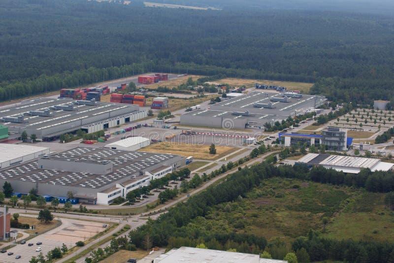Εναέρια άποψη μιας περιοχής βιομηχανικών πάρκων στοκ εικόνα με δικαίωμα ελεύθερης χρήσης